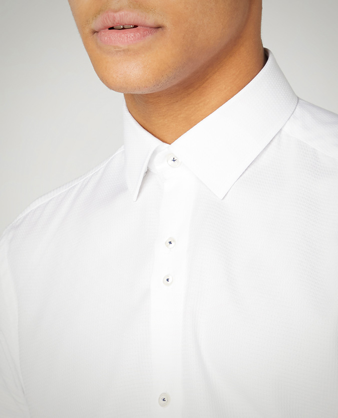 Tapered Fit Cotton Short Sleeved Shirt