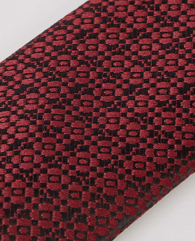 Microfibre Geometric Tie