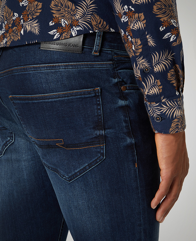Slim Leg Cotton Power Stretch Jean